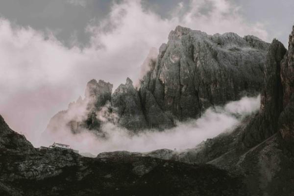 La montagna ferita dal maltempo: una lezione per tutti