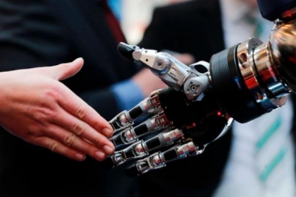 Nell'era dei robot contano creatività ed adattamento